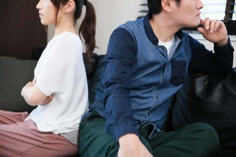 産後旦那・パパがストレスに…夫婦ゲンカが増えるって本当?解決には夫婦の会話が必要!